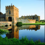 broughton-castle-1