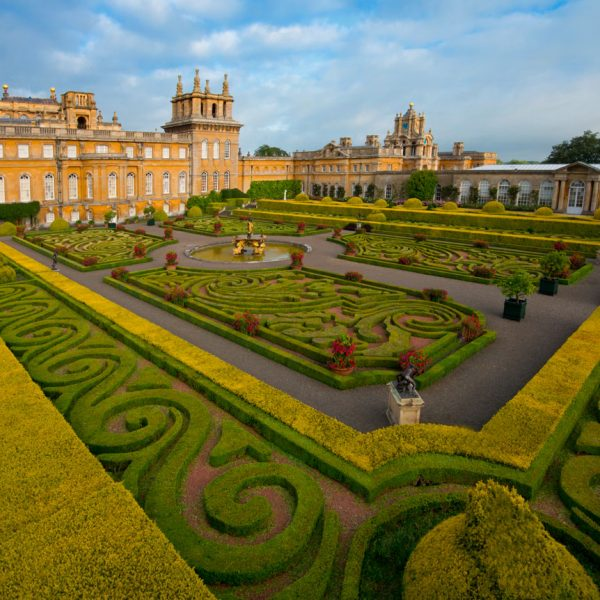 BlenheimPalace-Park-And-Gardens-Italian-Garden