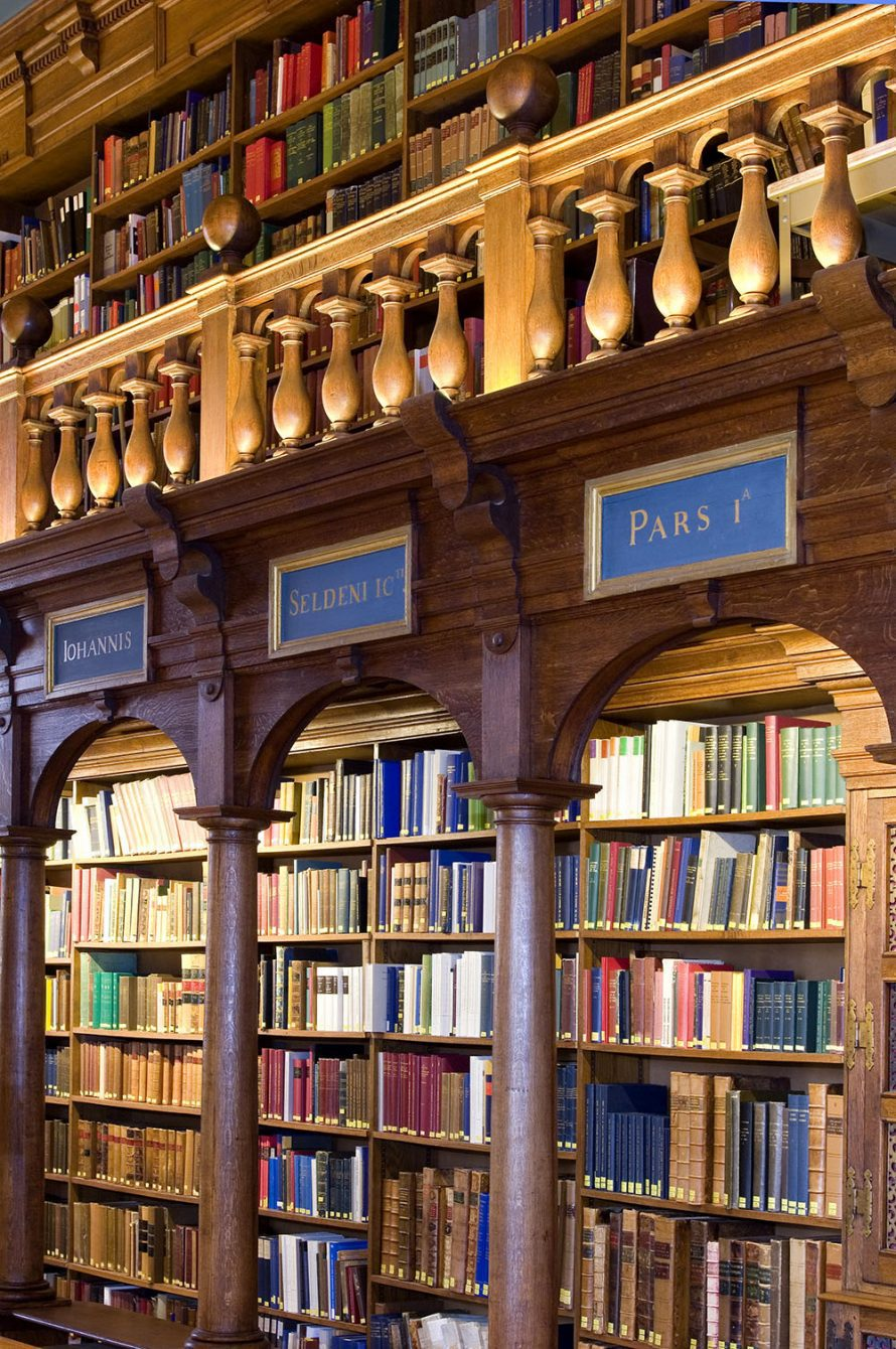 Best Home Libraries: Experience Oxfordshire