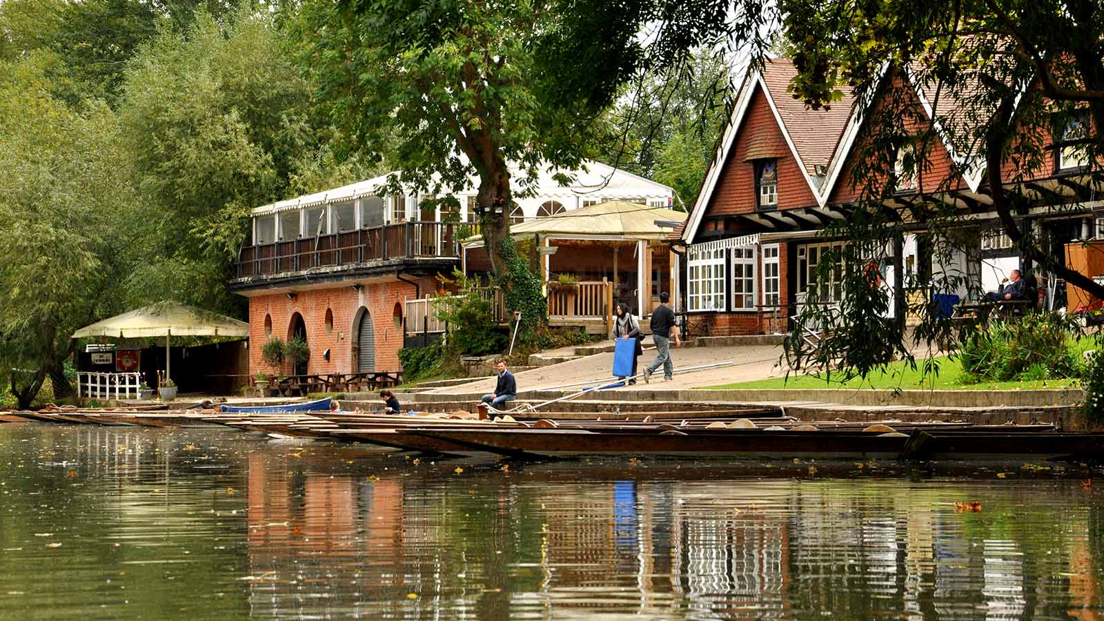Traditional Punt Amp Boat Hire At Cherwell Boathouse