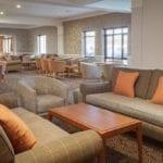 doubletree-hilton-lounge