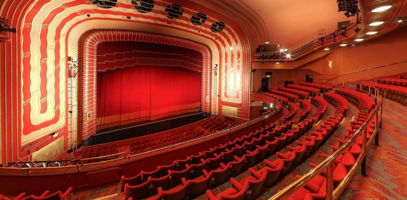 New Theatre Oxford Experience Oxfordshire