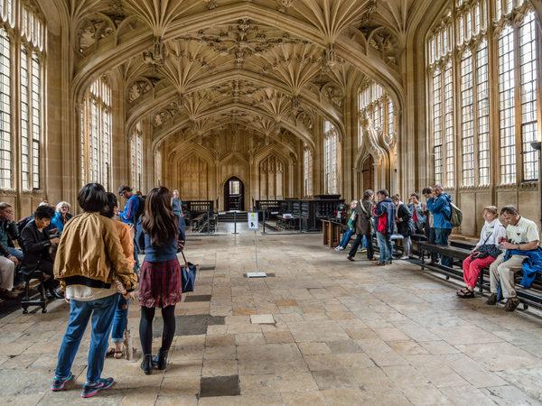 divinity-school-tour