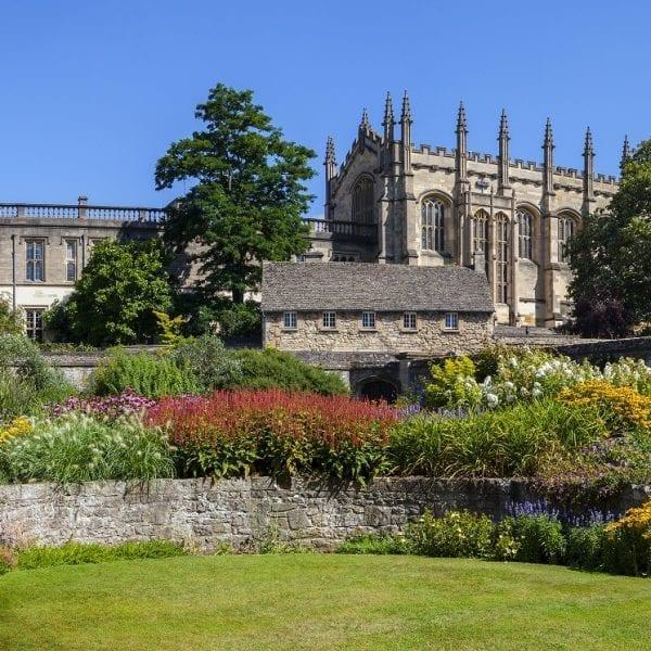 christ-church-war-memorial-garden