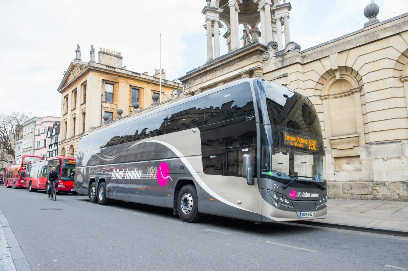 x90-oxford-bus